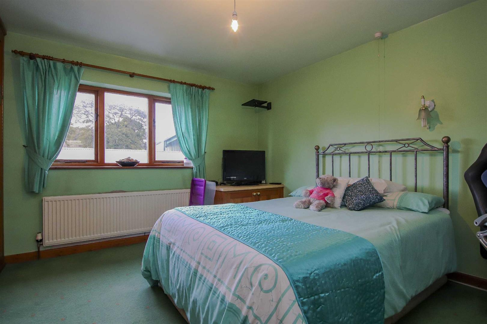 9 Bedroom Barn Conversion For Sale - Image 22